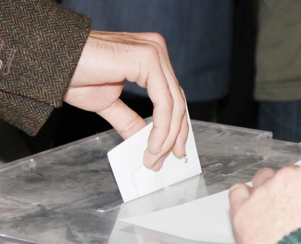 Los peligros de no comparecer a una mesa electoral for Presidente mesa electoral
